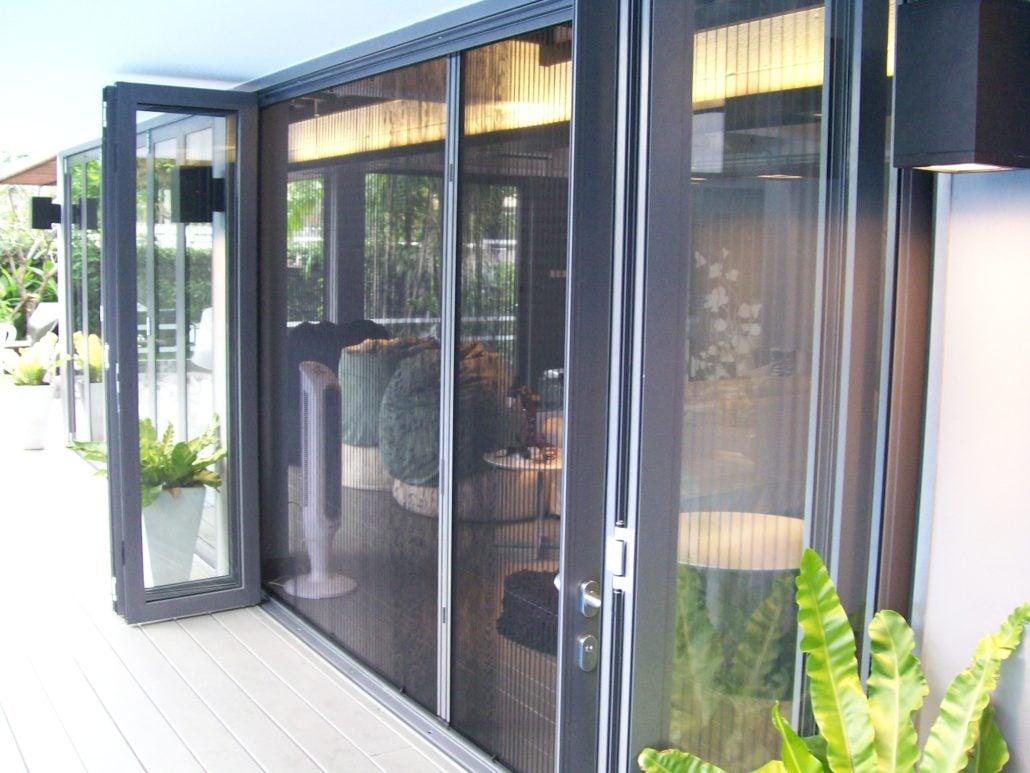 Дверные москитные сетки Плиссе